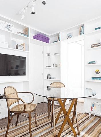 Feng Shui Living Room coffee table