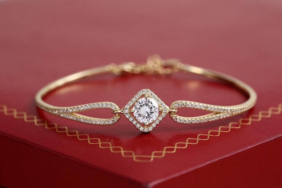 Feng Shui Gold Jewellery