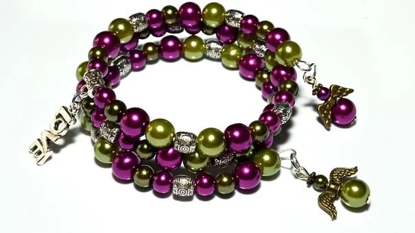 Feng Shui Jewelry Color