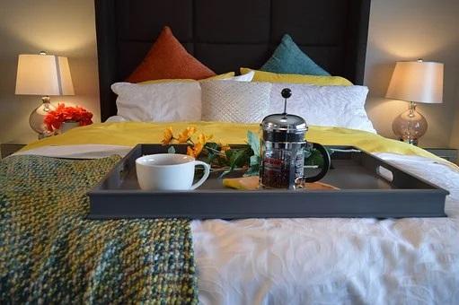 Breakfast in bed feng shui
