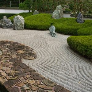 How To Build Zen Rock Garden – DIY (Easy And Affordable Tips)