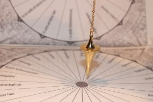 How To Use a Pendulum For Healing-  Ask Your Pendulum (#13) Ways