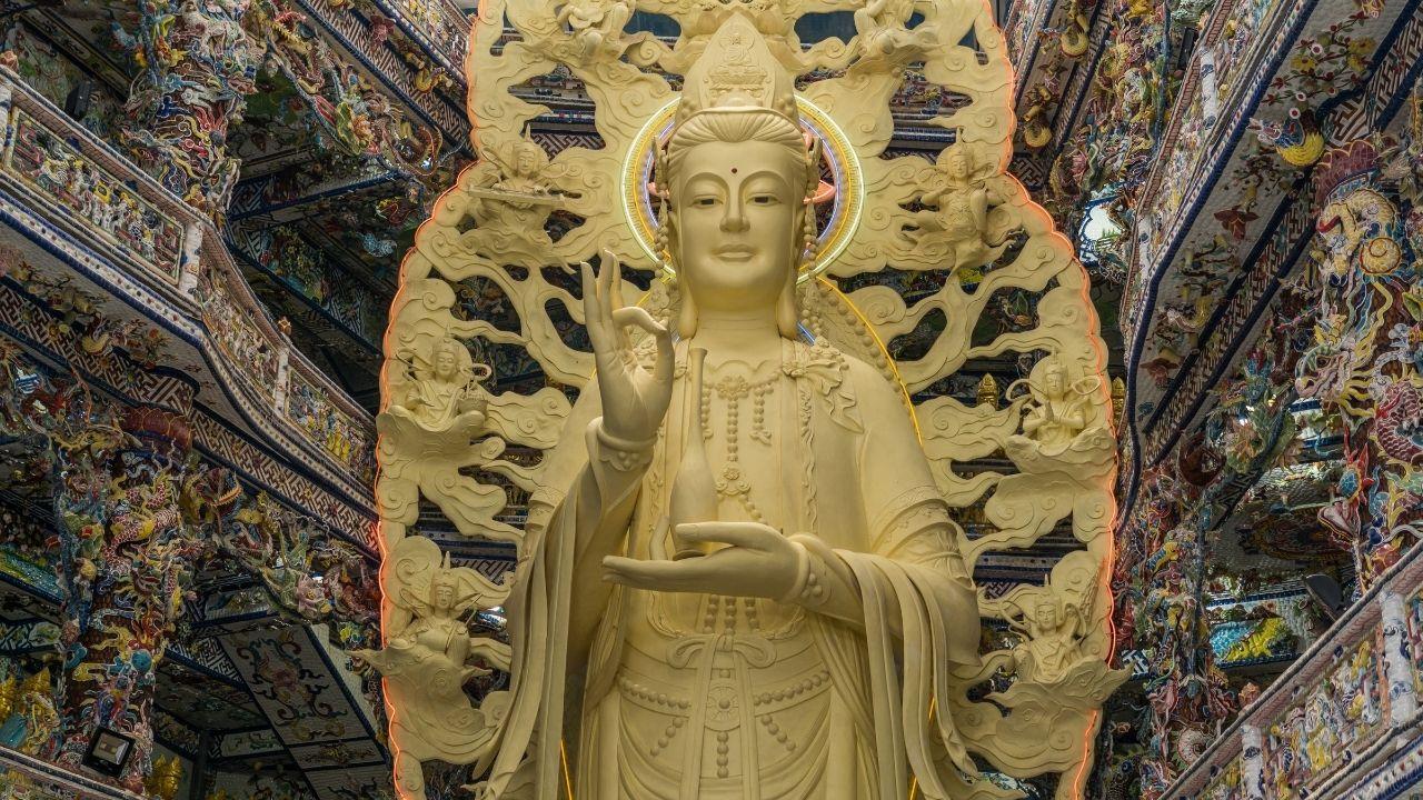 Quan Yin Statue Meaning In Feng Shui